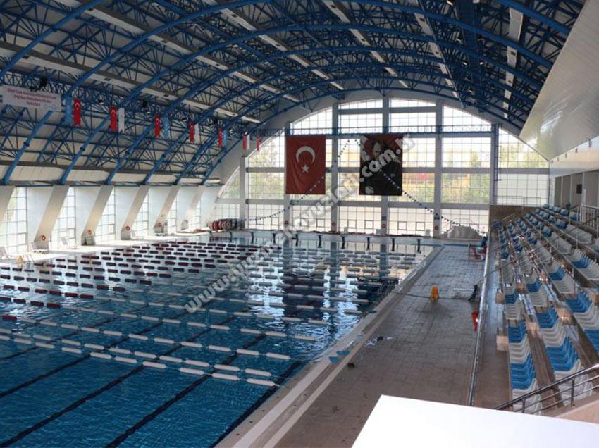 Aksaray Olimpik Kapalı Yüzme Havuzu